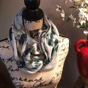 J Jill infinity scarf NWT